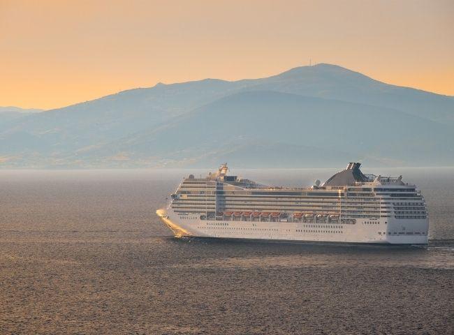 cabin-crew-sea